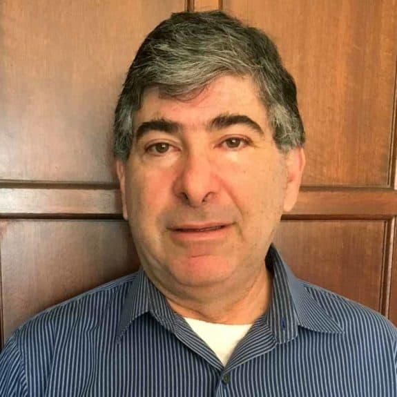 portrait of  CFO Stewart Sonnenfeldt